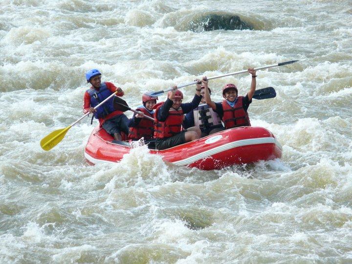 Traveling – First Time of Rafting at Citatih River, Sukabumi