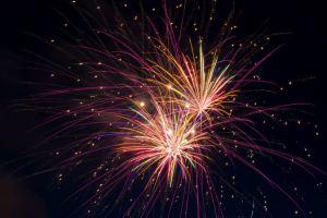 Short Story – Percik, Kembang Api dan Bintang